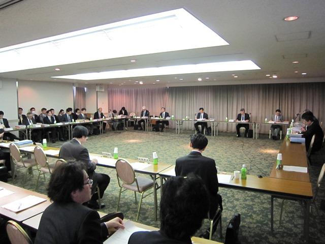 3月18日に開催された、「第9回 地域医療構想策定ガイドライン等に関する検討会」