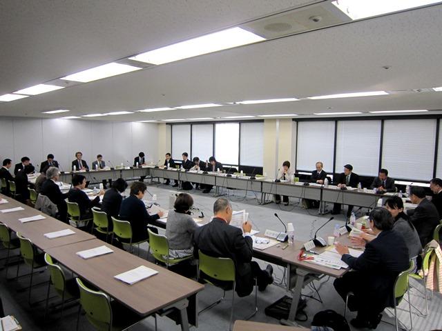 3月30日に開催された、「第48回 がん対策推進協議会」