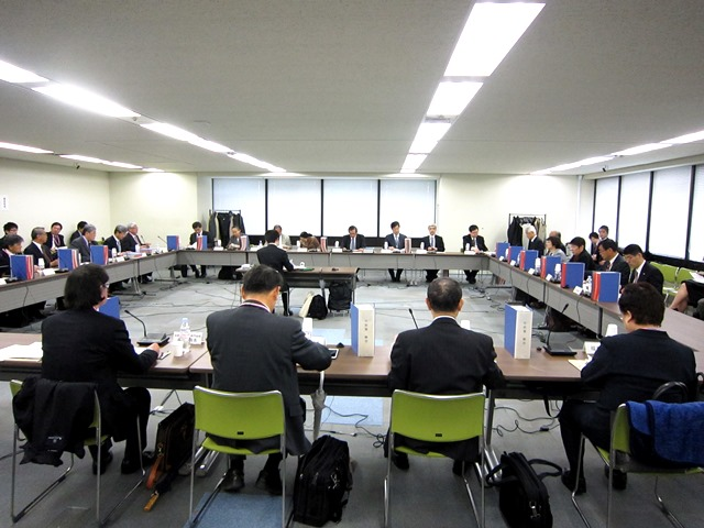 4月8日に開催された、「第294回 中央社会保険医療協議会 総会」