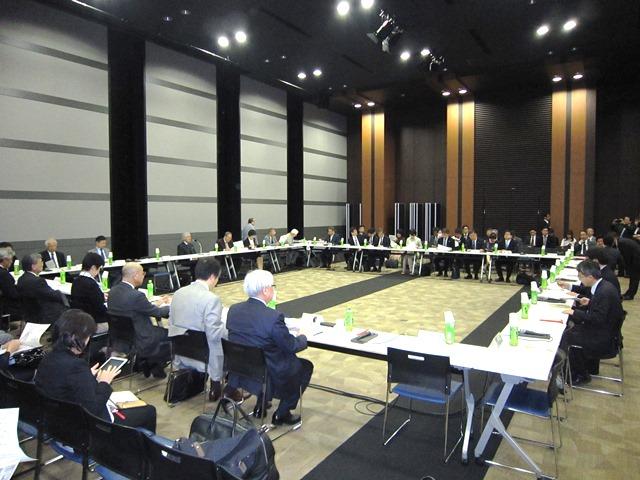 4月23日に開催された、「第121回 社会保障審議会・介護給付費分科会」