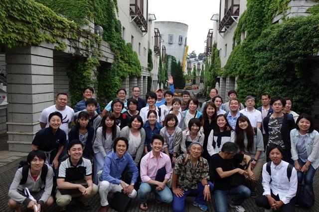 恒例の社員研修の集合社員。今回は長野県八ヶ岳です。