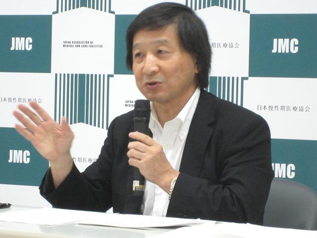 6月29日の記者会見に臨んだ、日本慢性期医療協会の池端幸彦副会長
