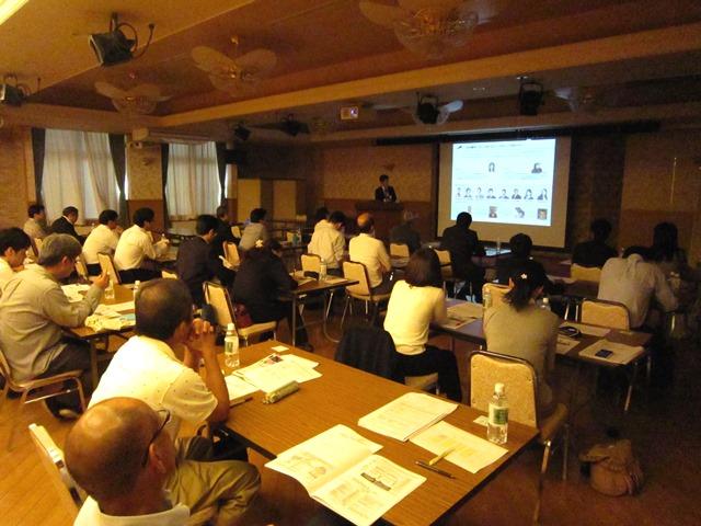 GHCは10月3日、高知市で2016年度診療報酬改定セミナーを開催。大勢の方にご参加いただきました。
