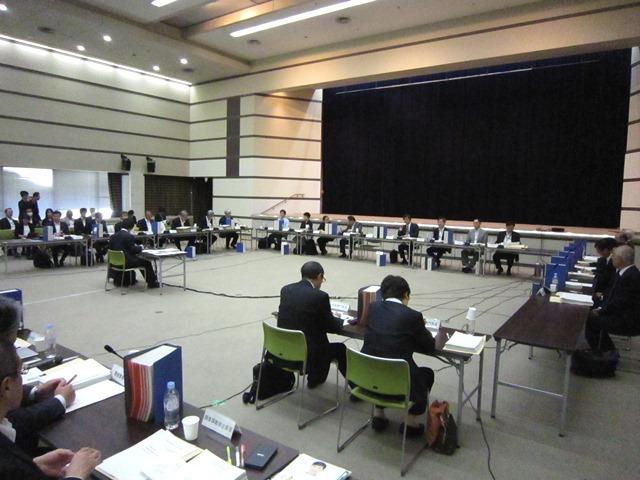 10月7日に開催された、「第305回 中央社会保険医療協議会 総会」