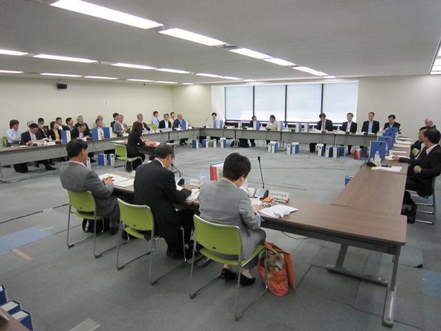 10月14日に開催された、「第306回 中央社会保険医療協議会 総会」