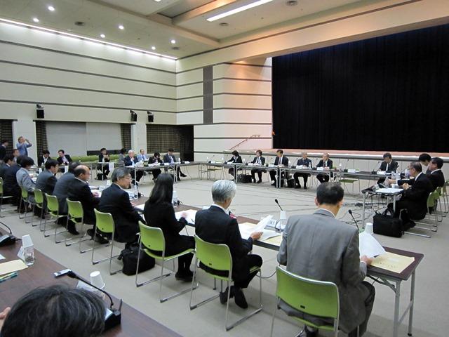 10月23日に開催された、「第4回 療養病床の在り方等に関する検討会」