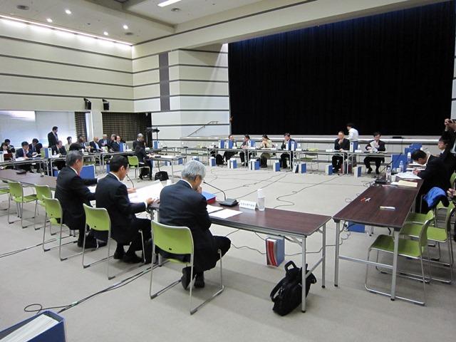 11月11日に開催された、「第111回 中央社会保険医療協議会 薬価専門部会」