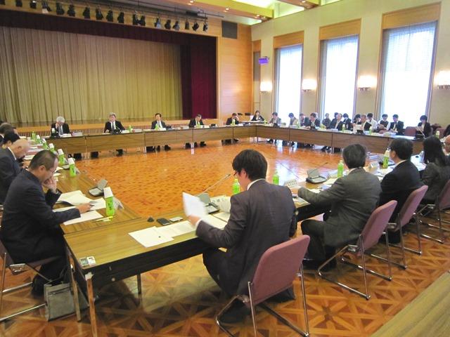 11月26日に開催された、「第12回 地域医療構想策定ガイドライン等に関する検討会」