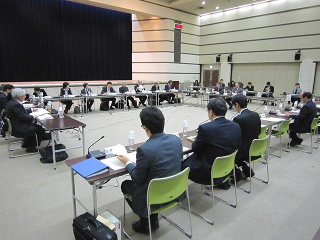 11月27日に開催された、「第5回 療養病床の在り方等に関する検討会」