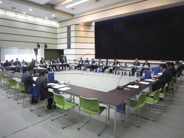 12月9日に開催された、「第318回 中央社会保険医療協議会 総会」