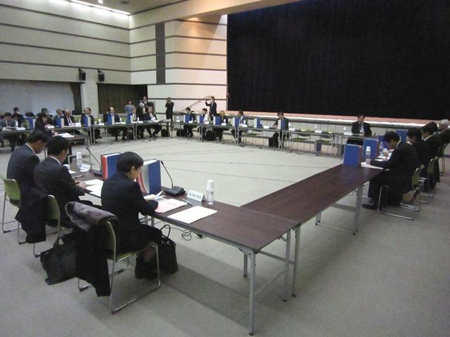 12月11日に開催された、「第319回 中央社会保険医療協議会 総会」