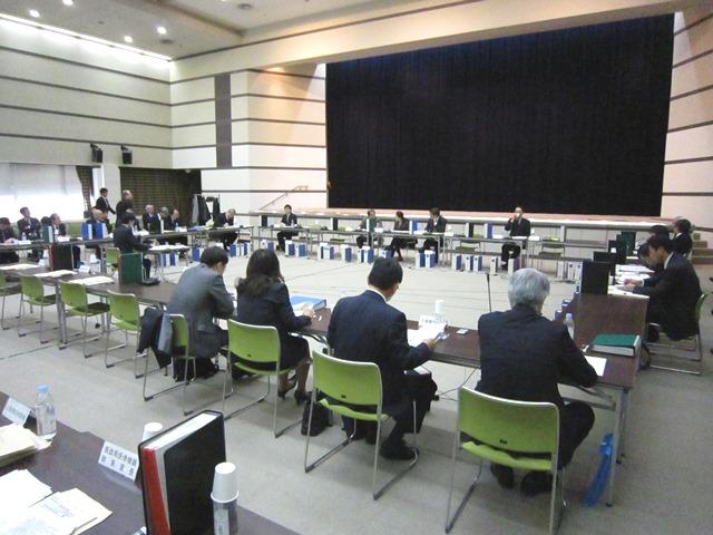 12月16日に開催された、「第32回 中央社会保険医療協議会 費用対効果評価専門部会」