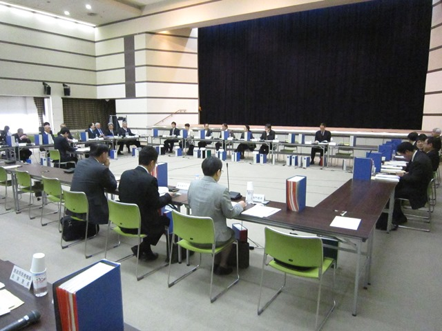 12月16日に開催された、「第320回 中央社会保険医療協議会 総会」