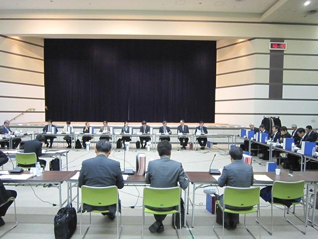 12月25日に開催された、「第321回 中央社会保険医療協議会 総会」