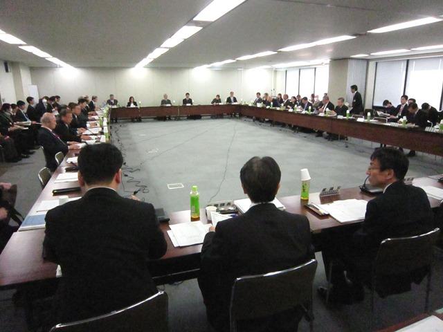 2月18日に開催された、「第44回 社会保障審議会 医療部会」