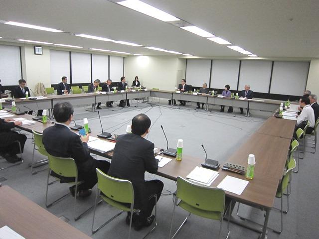 3月16日に開催された、「第2回 大学附属病院等のガバナンスに関する検討会」