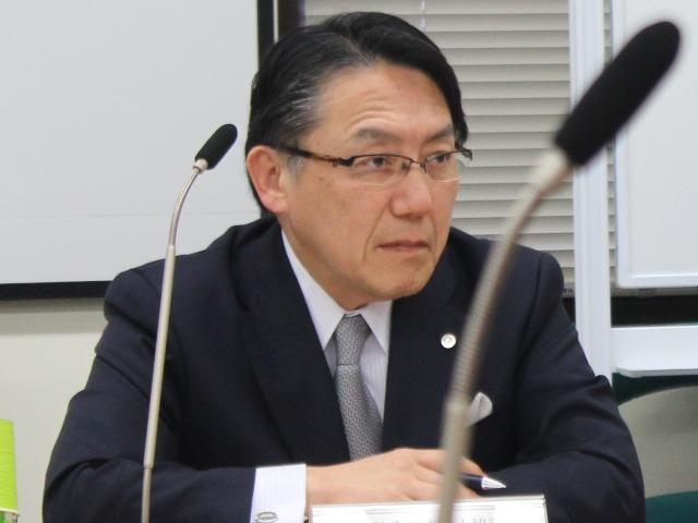 3月25日の定例記者会見に臨んだ、日本病院団体協議会の神野正博副議長(2016年度から議長に就任)