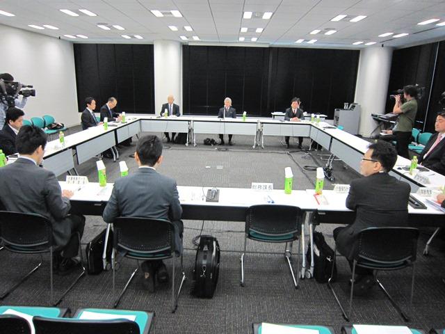 3月30日に開催された、「第17回 社会保障審議会 介護給付費分科会 介護事業経営調査委員会」
