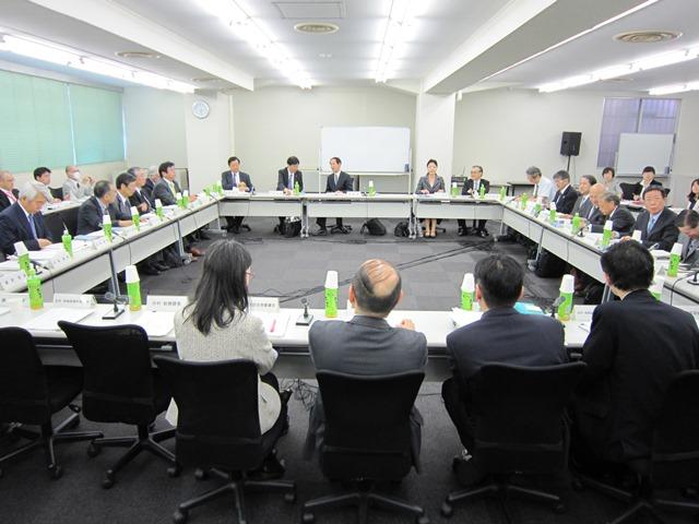 4月27日に開催された、「第2回 社会保障審議会 医療部会 専門医養成の在り方に関する専門委員会」