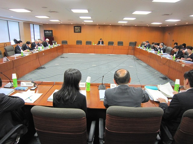 5月19日に開催された、「第6回 医療従事者の需給に関する検討会 医師需給分科会」