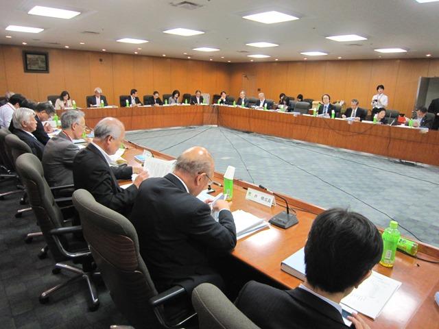 5月19日に開催された、「第3回 医療従事者の需給に関する検討会」