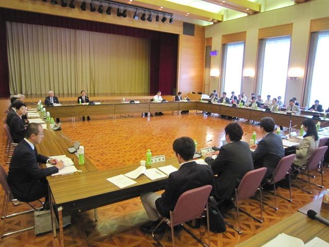 5月20日に開催された、「第1回 医療計画の見直し等に関する検討会」