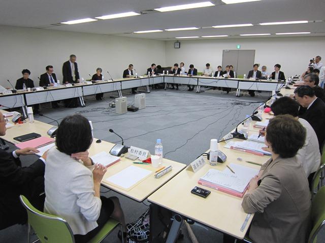 5月27日に開催された、「第57回 がん対策推進協議会」