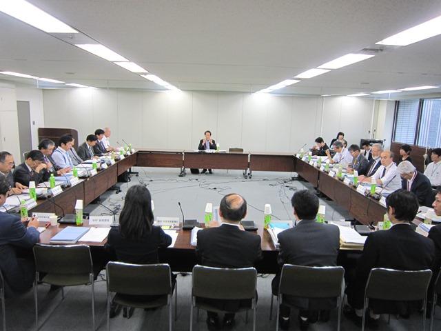 5月30日に開催された、「第3回 社会保障審議会 医療部会 専門医養成の在り方に関する専門委員会」