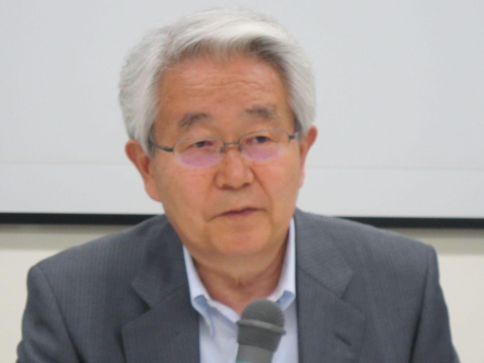 6月28日に定例記者会見に臨んだ、日本病院会の堺常雄会長