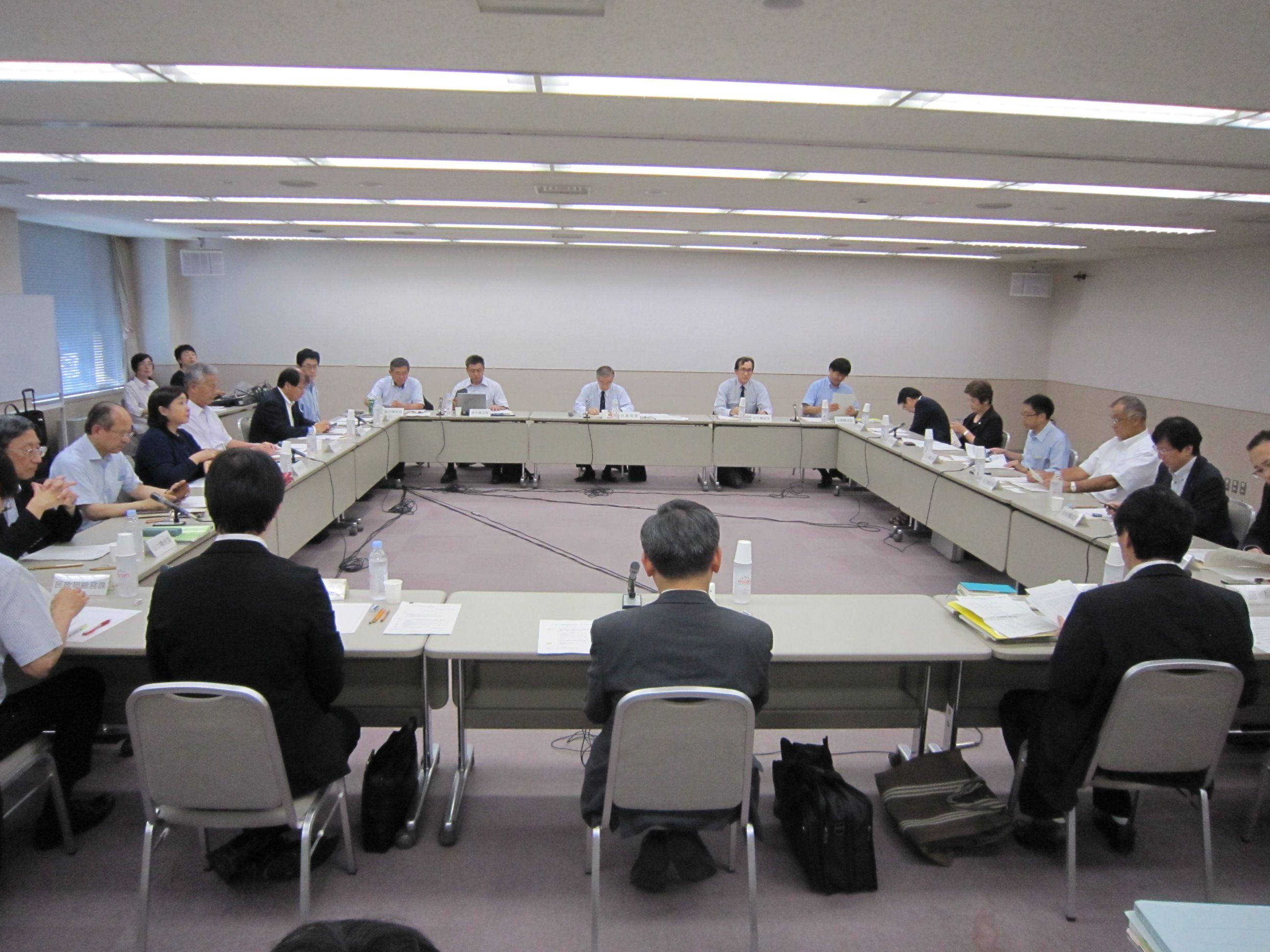 7月7日に開催された、「第7回 がん診療提供体制のあり方に関する検討会」