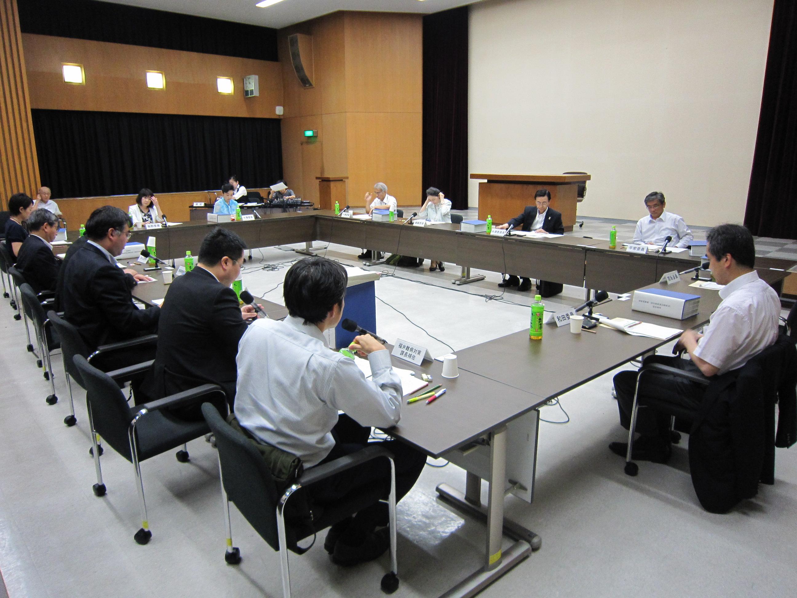 7月13日に開催された、「第15回 厚生科学審議会 疾病対策部会 指定難病検討委員会」