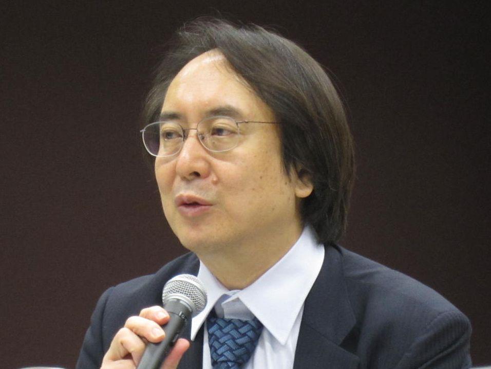 7月25日、社員総会後の記者会見に臨んだ、日本専門医機構の松原謙二副理事長