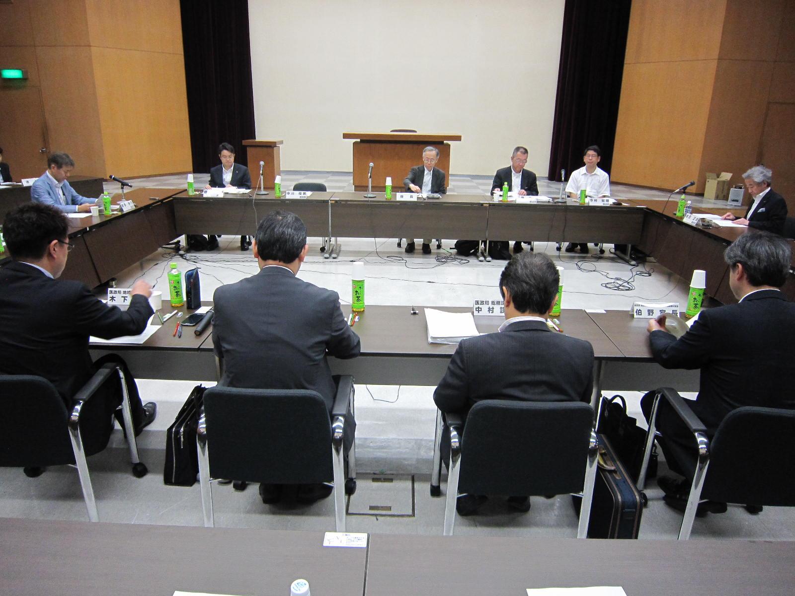 7月29日に開催された、「第1回 地域医療構想に関するワーキンググループ」(医療計画の見直し等に関する検討会の下部組織)