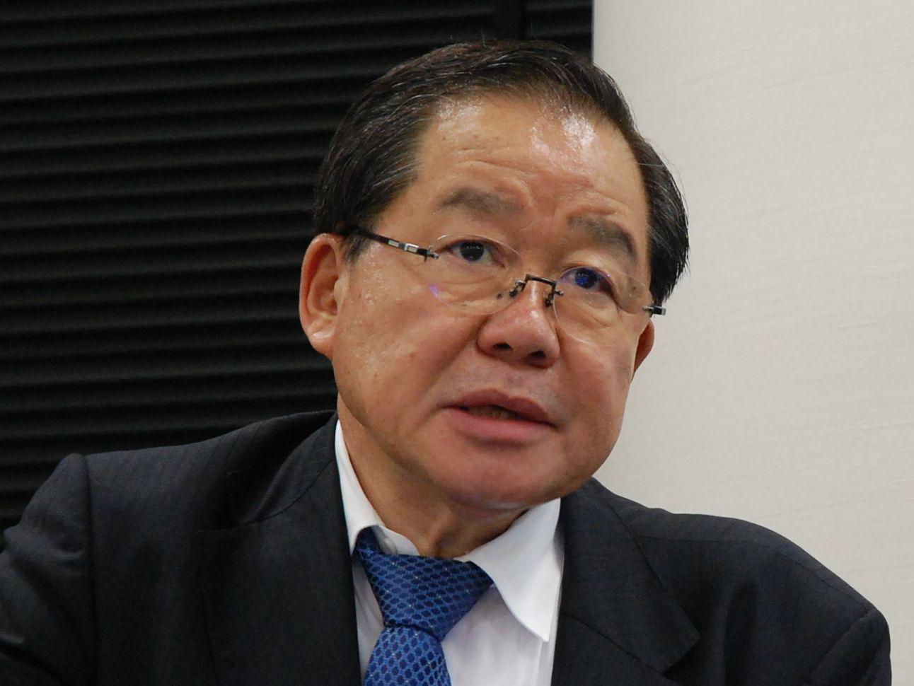 福岡県済生会福岡総合病院の院長で、日本病院会副会長も務める岡留健一郎氏。病院経営における「リーダーシップ」の重要性を強調している