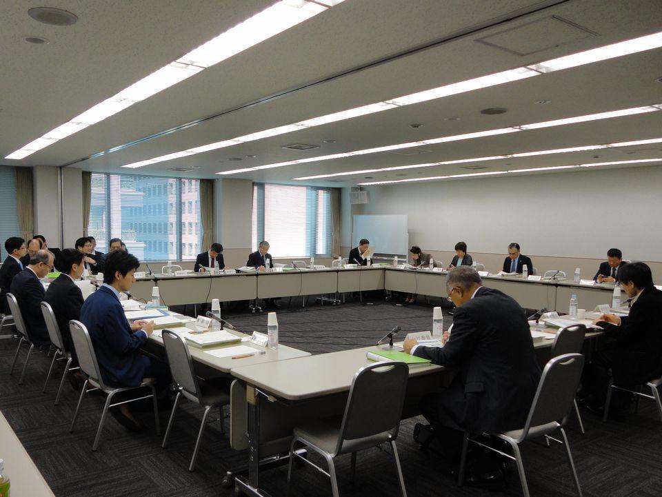 10月26日に開催された、「第61回 がん対策推進協議会」