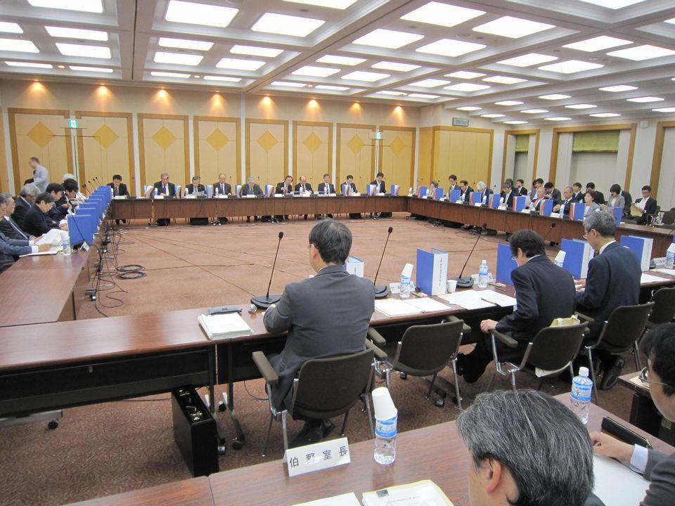 10月31日に開催された、「第8回 医療介護総合確保促進会議」
