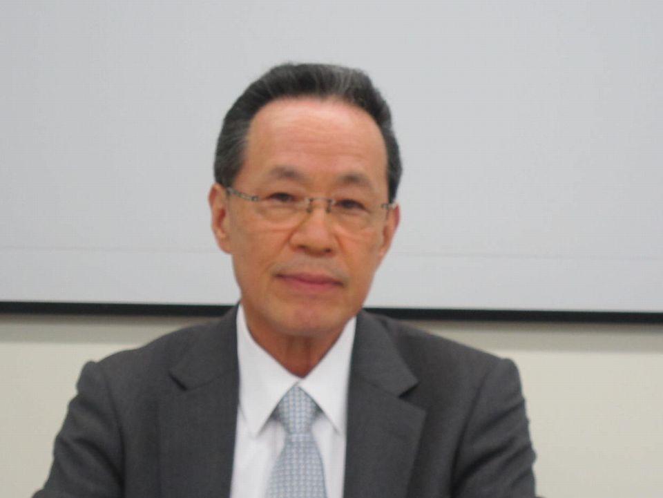11月2日の日本病院団体協議会・代表者会議後に記者会見に臨んだ、原澤茂副議長