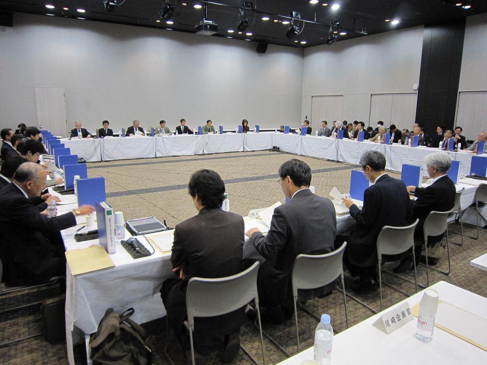 11月17日に開催された、「第5回 社会保障審議会 療養病床の在り方等に関する特別部会」