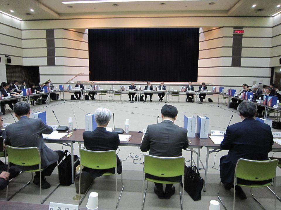11月28日に開催された、「第10回 医療介護総合確保促進会議」