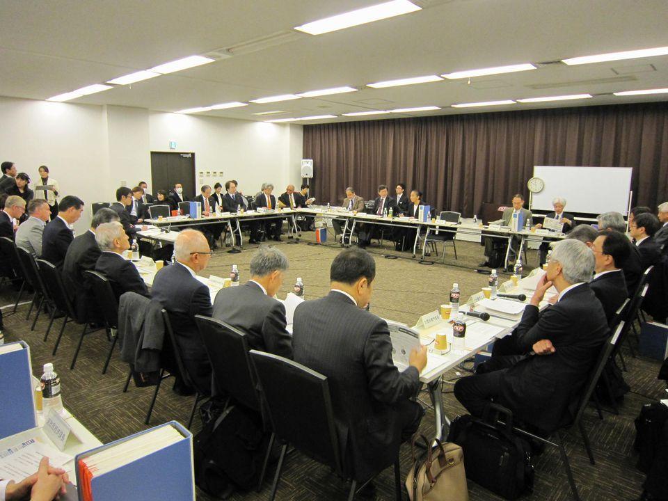 12月9日に開催された、「第122回 中央社会保険医療協議会 薬価専門部会」