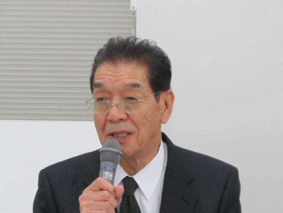 12月9日の日本専門医機構・理事会終了後に、記者会見に臨んだ吉村博邦理事長