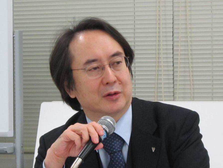 12月9日の日本専門医機構・理事会終了後に、記者会見に臨んだ松原謙二副理事長