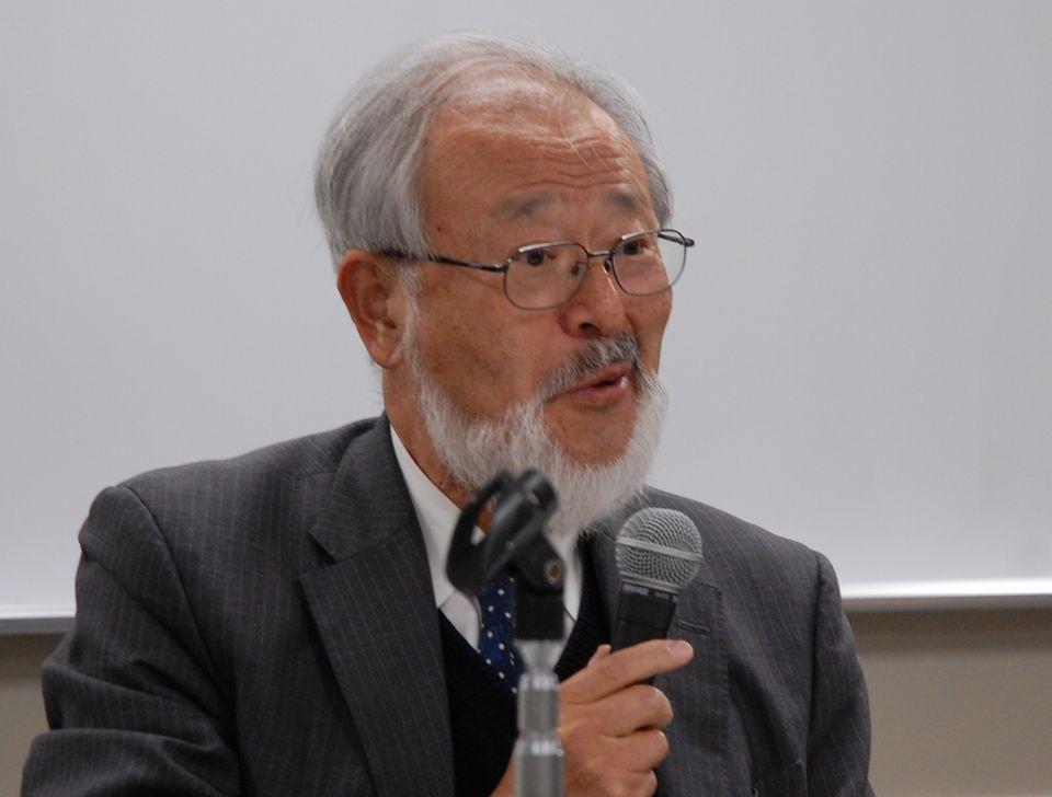 2月9日の定例記者会見に臨んだ、全国自治体病院協議会の邉見公雄会長