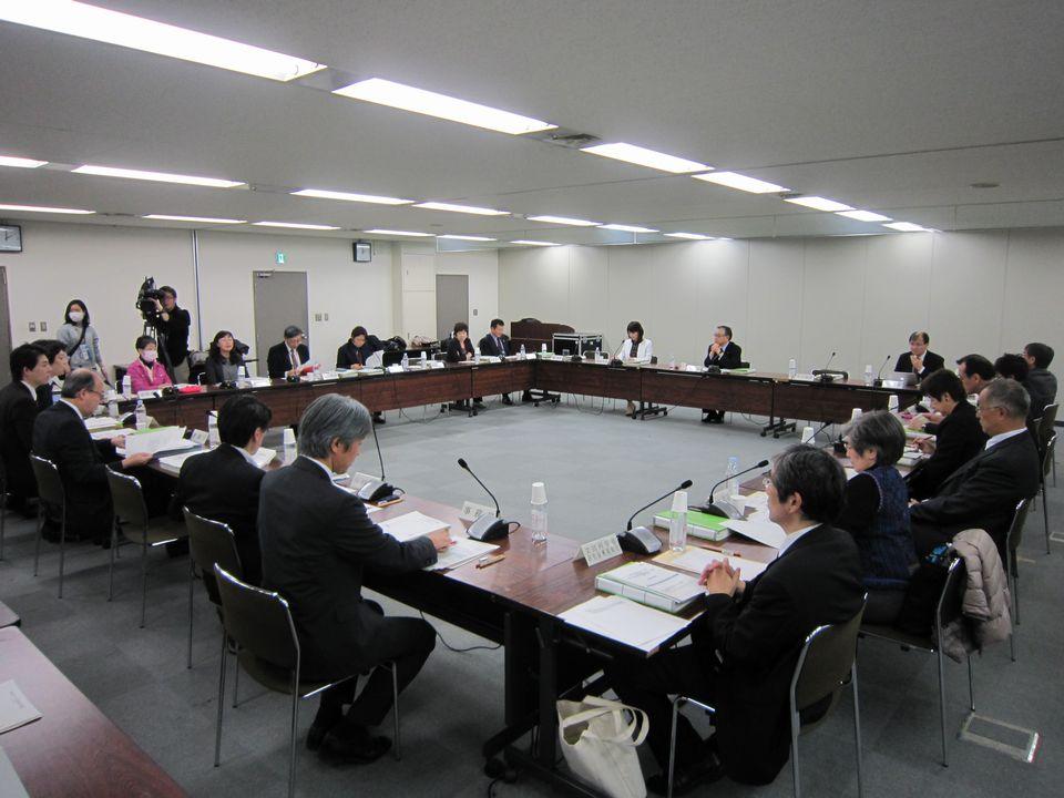 2月23日に開催された、「第65回 がん対策推進協議会」