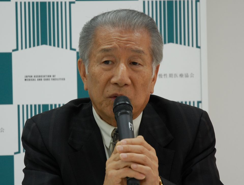 3月9日に、定例記者会見に臨んだ日本慢性期医療協会の武久洋三会長
