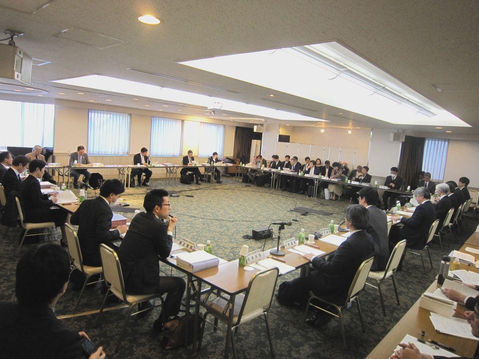 3月8日に開催された、「第10回 医療計画の見直し等に関する検討会」