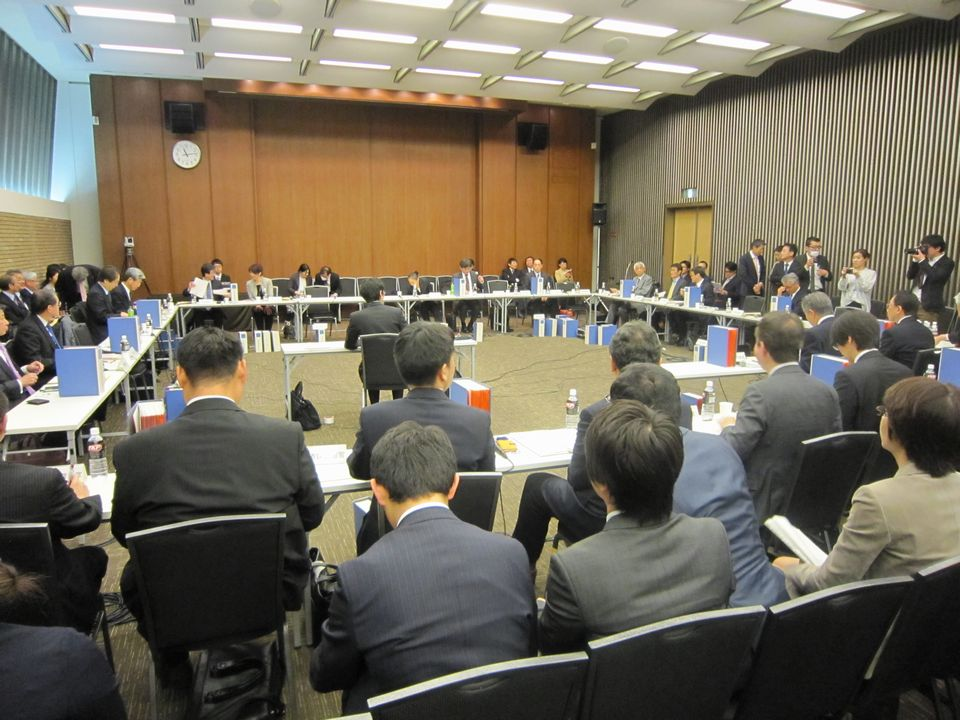 4月12日に開催された、「第130回 中央社会保険医療協議会 薬価専門部会」