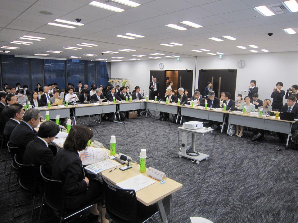 4月17日に開催された、「第1回 高齢者医薬品適正使用検討会」