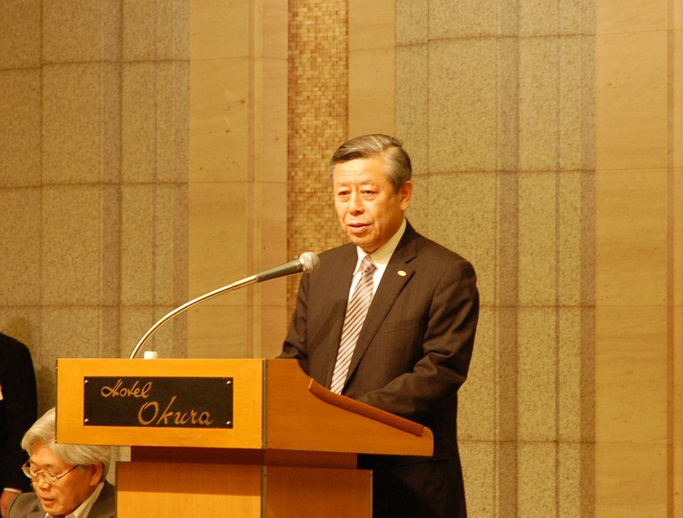 社員総会で就任の挨拶を述べた、相澤孝夫・新日本病院会会長