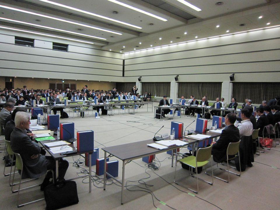 5月17日に開催された、「第351回 中央社会保険医療協議会 総会」